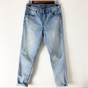 Abercrombie & Fitch Ankle Straight Jeans